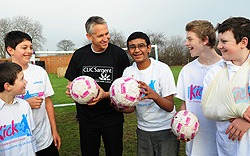 Gary Lineker with children from Carew Manor