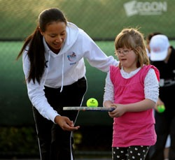 Anne Keothavong with a member of Fulham's Down's syndrome tennis team